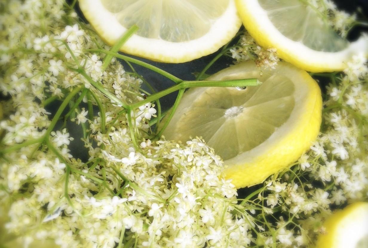 Vlierbloesem limonade detail